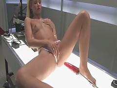 Dildo machine masturbation