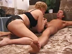 Granny Satisfies a Boy,creampie