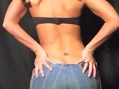 Hott Sexy Chicks N Skin Tight Jeans