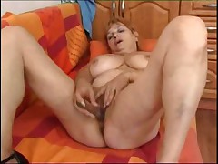 Olga shows us her orgams
