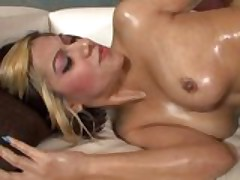 Vanessa Leon likes deadly Dick