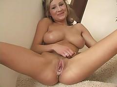 Amy Ried milky orgasm