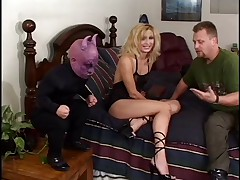Hot wife gets fucked wide of midget evil spirit