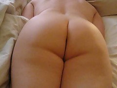 Watching 52yo Ann masturbate (Sunday #2) please comment